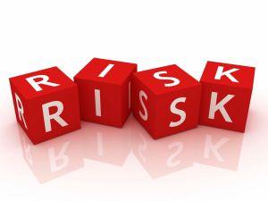 labiaplasty risks - bleeding scarring infection
